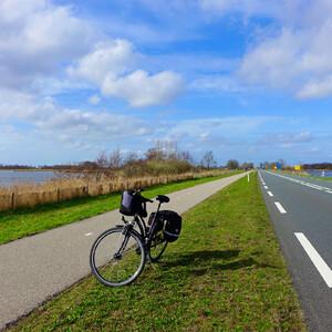 Озёра, каналы, городки, барашки, велодорожки. Нидерланды