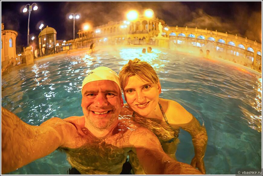 Если уж нужно селфи в Будапеште, то, конечно, в купальне Сеченьи.))