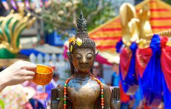 В Лаосе встретят Новый год — Пи Май Лао