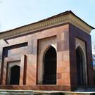 Мавзолей и могила Хамзы Хакимзаде Ниязи