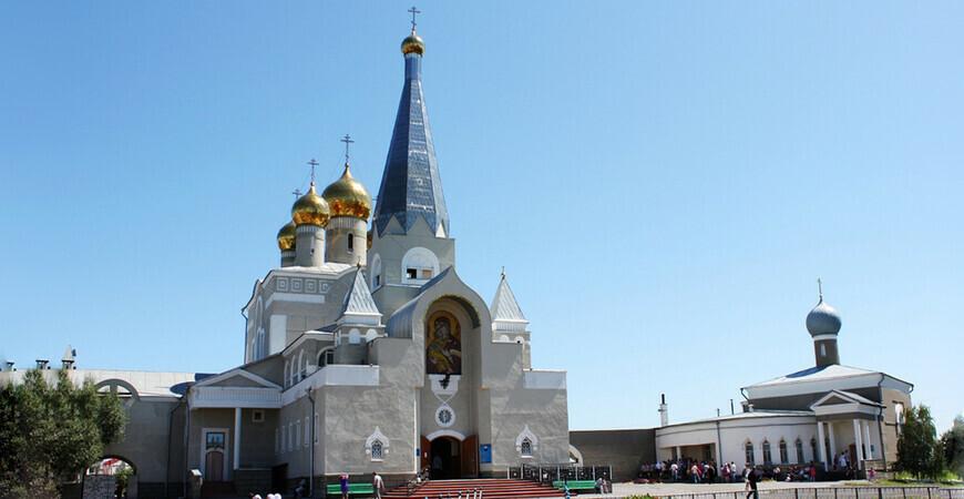 Свято-Введенский собор в Караганде