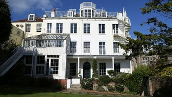 На острове Гернси откроется дом-музей Виктора Гюго