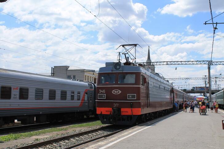 Поезд Иркутск — Адлер (Сочи)