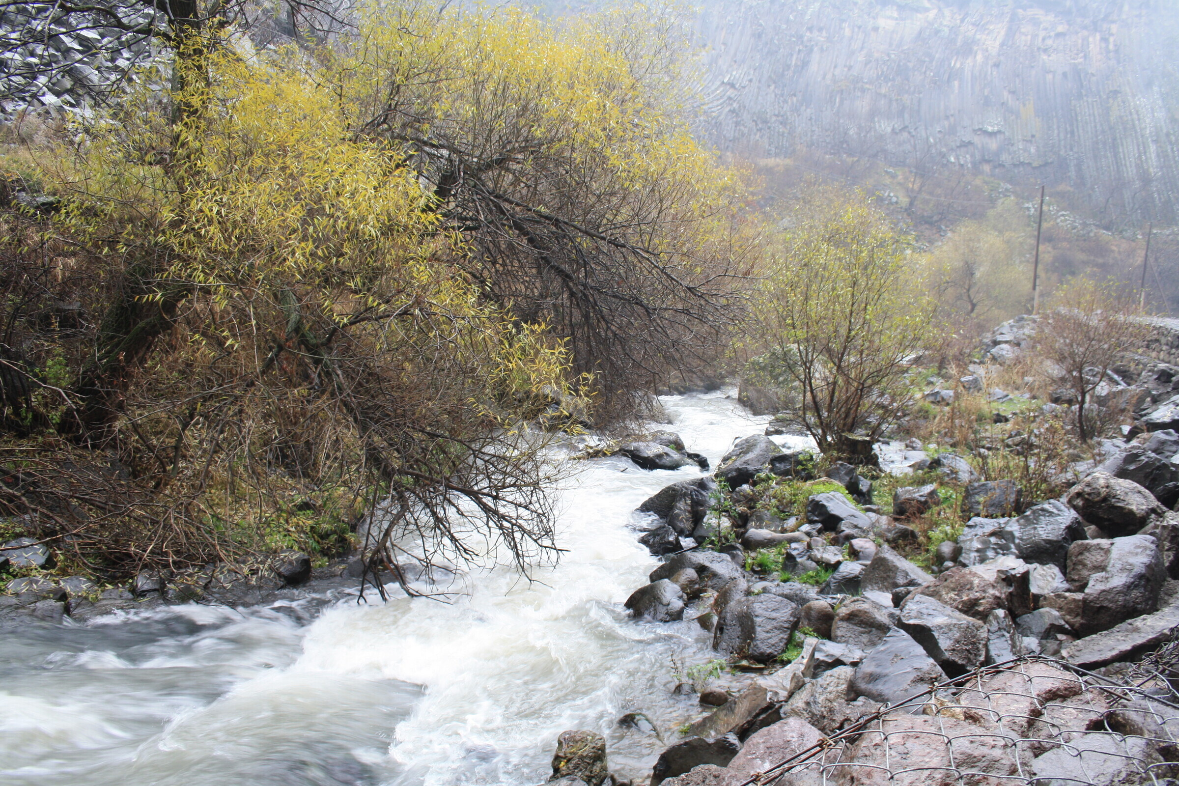 «Симфония камней», ущелье Гарни, Армения — природный ...