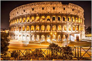 В римском Колизее арестовали туриста-вандала