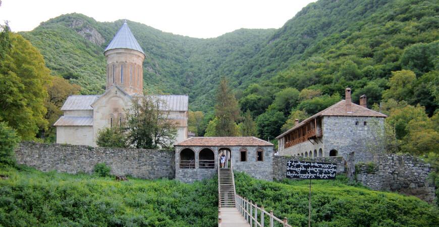 Монастырь Кватахеви