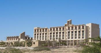 Террористы напали на отель с иностранными туристами в Пакистане