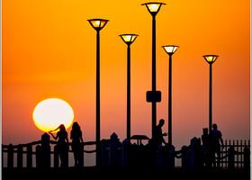 Закат на набережной в Актау.