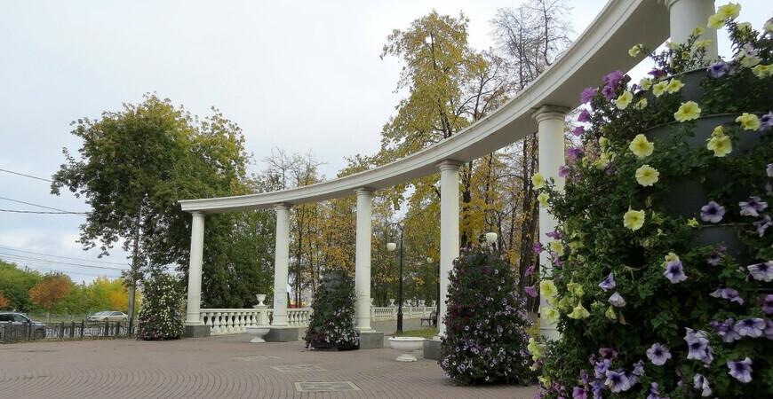 Загородный сад в Тюмени (Александровский сад)
