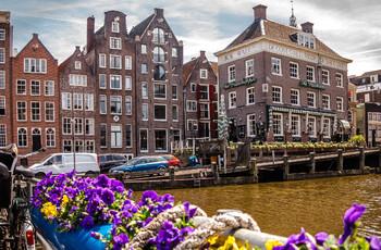 В Амстердаме введут новый сбор для туристов — «налог на кровать»