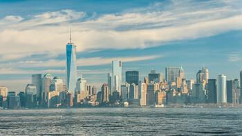 В Нью-Йорке запретят пешеходам пользоваться смартфонами на ходу