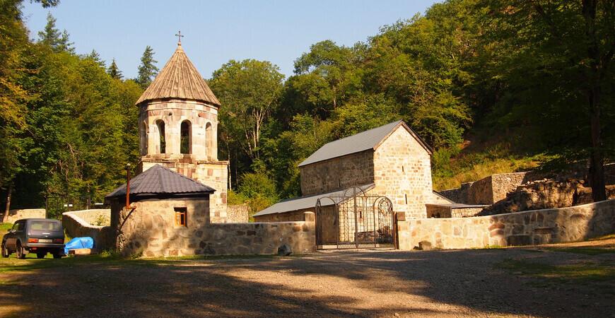 Зеленый монастырь (Монастырь Святого Георгия) в Боржоми