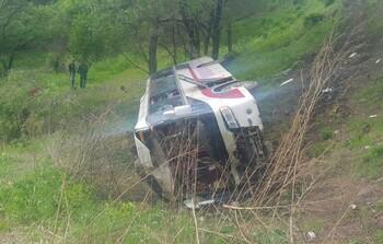 В Приморье в ДТП попал автобус с китайскими туристами: двое погибших и 19 раненых
