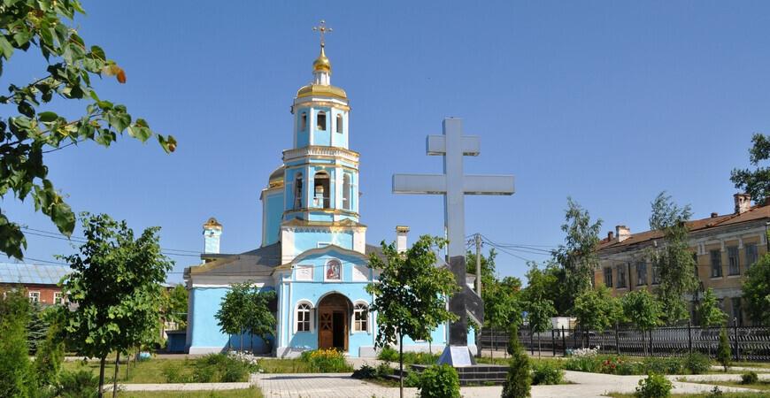 Храм Тихвинской иконы Божьей Матери в Казани