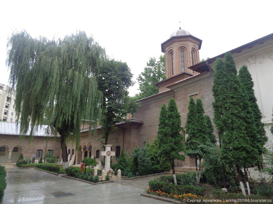 В монастыре Антим