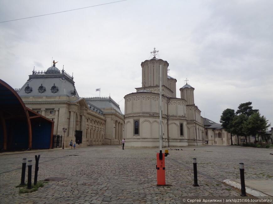 Патриарший собор на Митрополичим холме