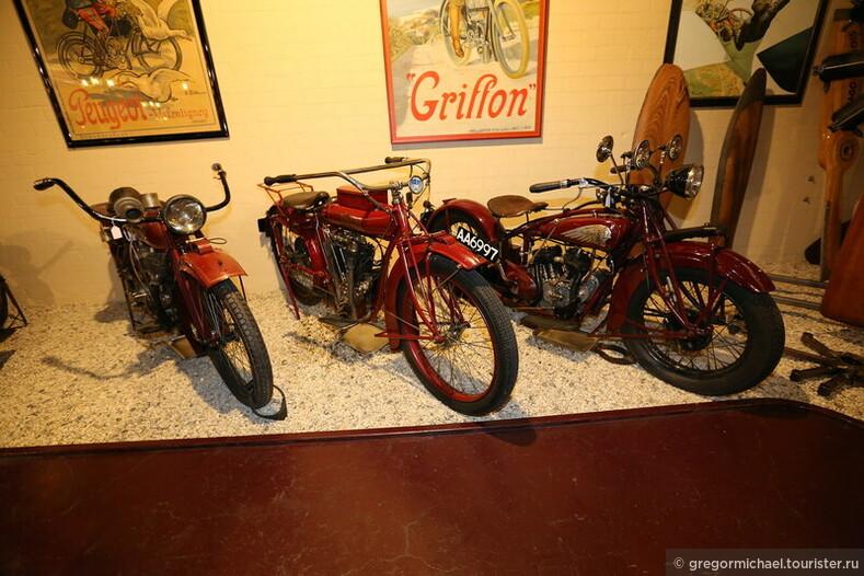Мотоциклы. Пожилые, старые и очень старые