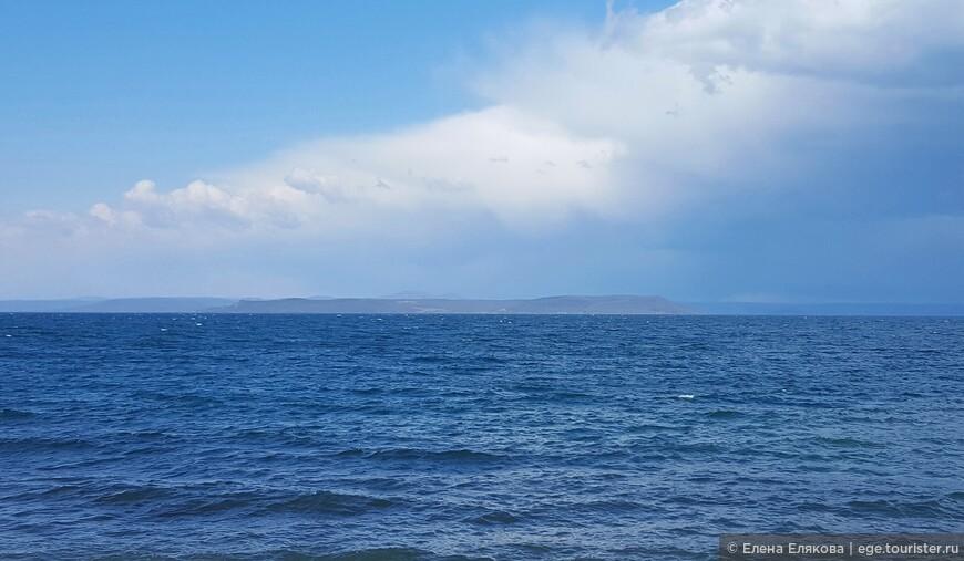 Амурский залив, на который смотрит Катюша