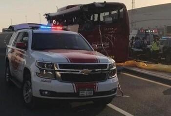 Автобус с туристами попал в ДТП в Дубае: 17 погибших