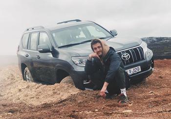 В Исландии российского блогера оштрафовали на 3200 евро за порчу природы