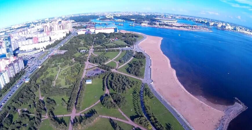 Пляж в парке 300-летия<br/> Санкт-Петербурга