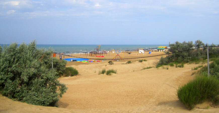 Пляж Кавказ в Витязево