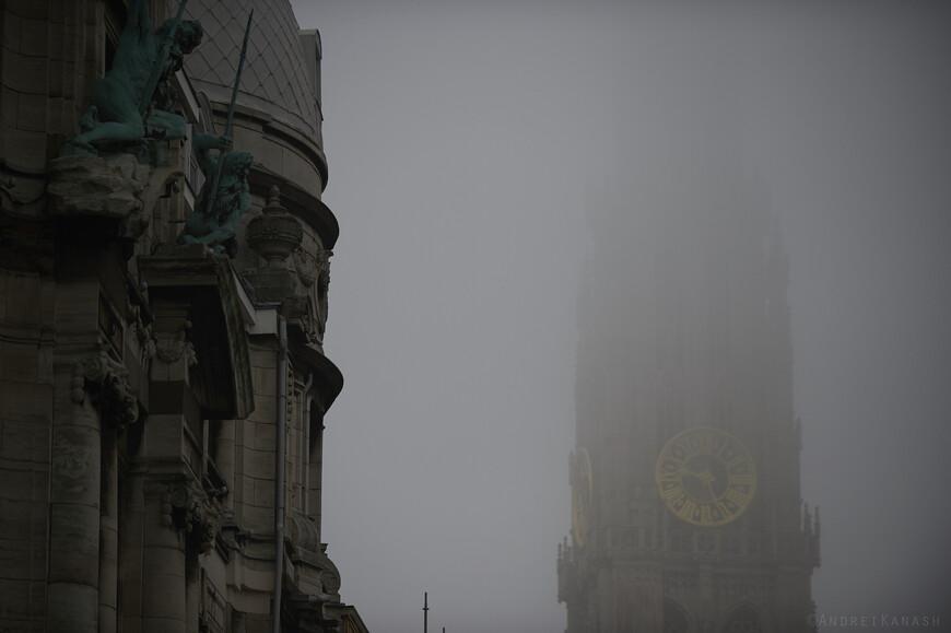 Шпиль 123 метровой башни собора