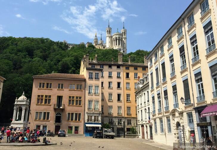 Поездка в Лион из Анси и транспорт Лиона
