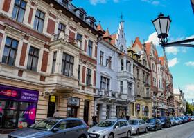 Одна из центральных улиц Торуня. Каждый дом - шедевр!