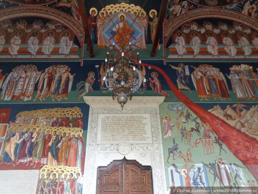 древние фрески собора