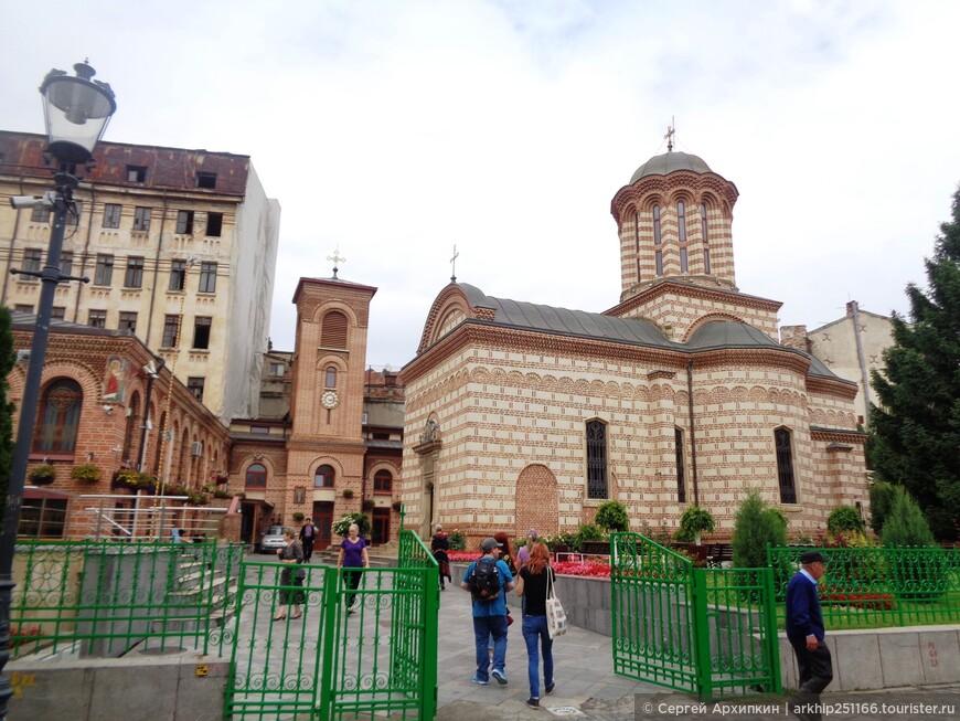 Церковь Куртя Веке - построена в 1545 году