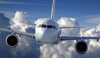 Самолёт Барселона–Москва экстренно сел в Варшаве из-за дебошира