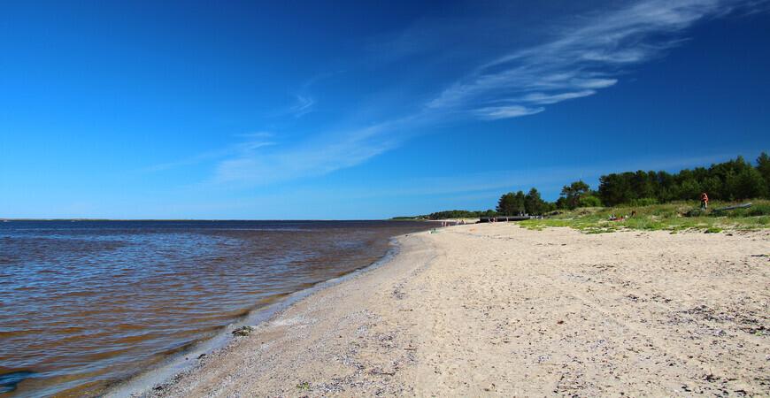 Пляж Северодвинска на острове Ягры