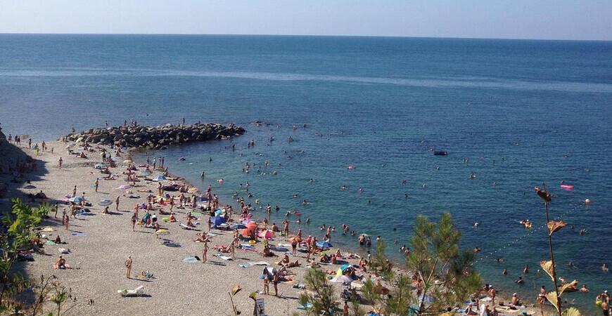 Пляж «Факел» в Дивноморском