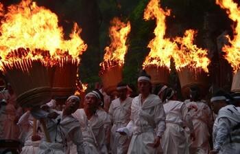 В Японии пройдёт праздник огня Нати