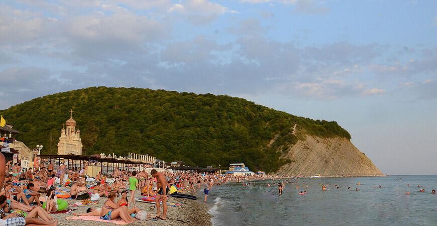 Центральный пляжАрхипо-Осиповки