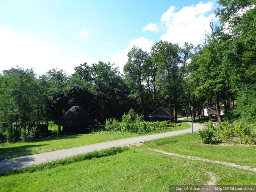 Этнографический музей под открытым небом АСТРА, находится в 4 километрах от столицы Трансильвании -города Сибиу.