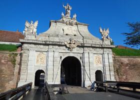 Альба-Юлия — главная крепость Трансильвании