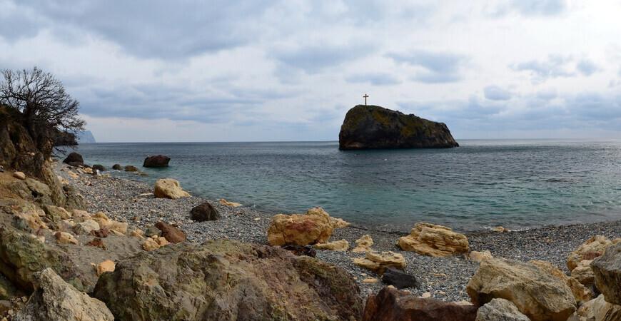 Нудистский пляж «Подкова» в Севастополе