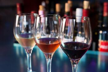 Импорт в РФ вин из Грузии могут запретить