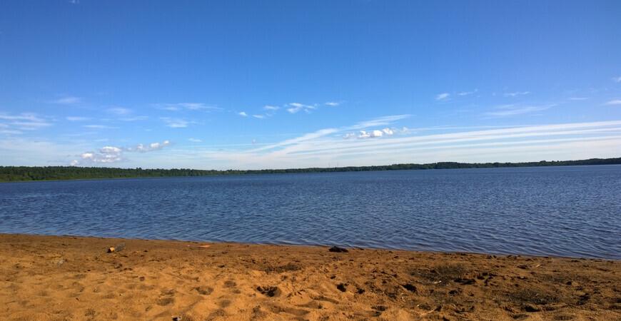Пляж Лемболовского озера