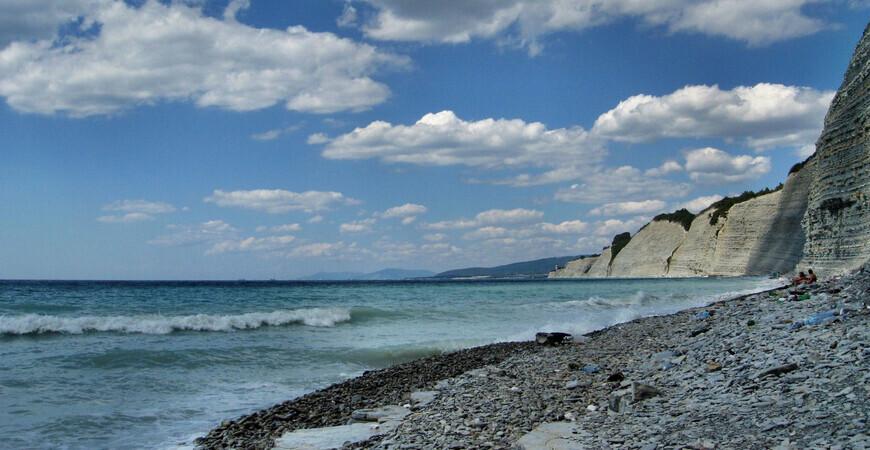 Нудистский пляж «Дивно дикий пляж» в Дивноморском