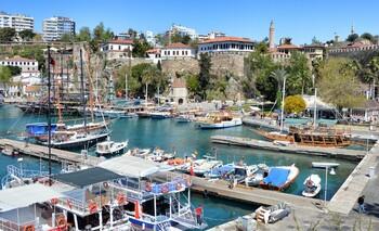 В Анталии хотят ввести туристический налог