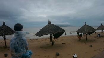 Туристов предупреждают о тропическом шторме во Вьетнаме