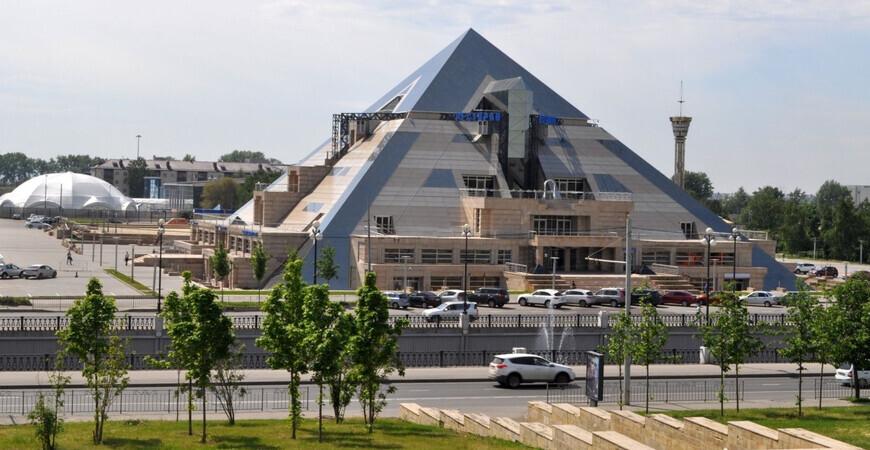 «Пирамида» в Казани