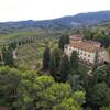 вид сверху хозяйства по производству вина и оливкового масла, экскурсии по Флоренции и Тоскане с частным индивидуальным гидом на русском языке
