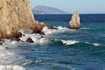 МЧС предупреждает туристов об ухудшении погоды в Крыму