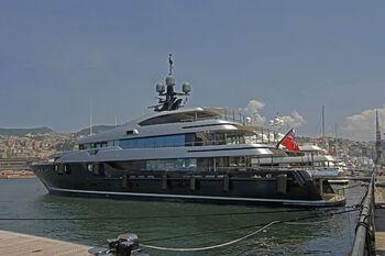 Яхта в Генуе