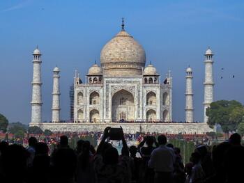 Россия и Индия планируют ввести безвизовый режим для тургрупп