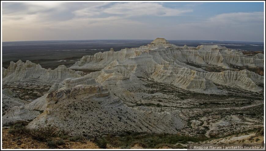 Вот эта группа скал называется спрут.